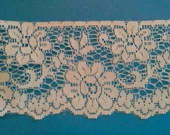 Natural Color Flat Floral Lace Sewing Trim 5 Yards by 2 1/2  Inches Wide L0598S