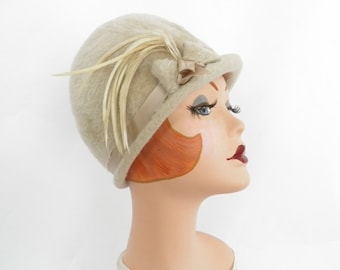 Vintage cloche hat, 1960s faux fur helmet, beige