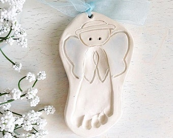 Custom Baby Keepsake - Newborn Personalized Gift - Baby Memento - Baby Ornament -  Footprint ornament - New Mommy Keepsake - Child Keepsake