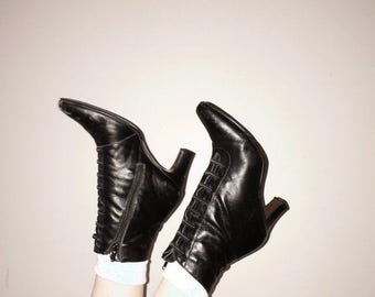 80s 90s black leather gothic victorian ankle boots size 7