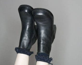 90s black leather mod goth zipper boots size 7.5