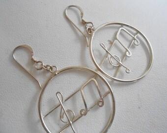 """Vintage earrings, """"musical notes"""" earrings, sterling silver earrings, musician's earrings, signed earrings, 925 earrings, pierced ears"""
