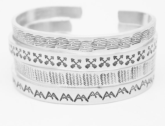 ONE Bracelet Textured Skinny Stacking Hand Stamped Jewelry Cuff 12g Aluminum Silver Metal Arrows Mountains Flowers Circles Aztec Wood Grain