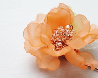 Peony Frosted Petals Floral Pin in Peach
