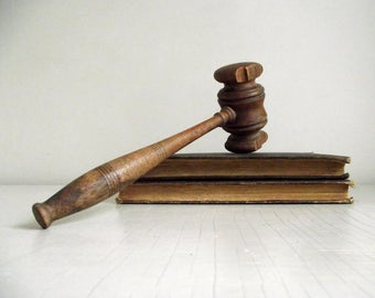 Vintage Wood Gavel , Courtroom Accessory , Chairman's Gavel , Courtroom Memorabilia , Auctioneer Gavel , Stage Prop Styling