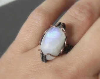 Real rainbow moonstone ring, fertility healing stone jewelry, gemstone statement ring, US size 5,5