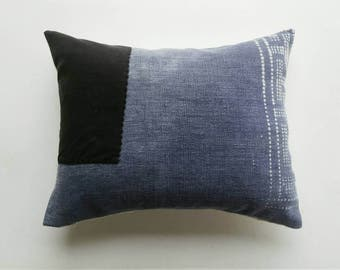 Faded Batik Pillow Cover - Chinese Indigo Bohemian Pillow - Vintage Textile - Boho Pillows