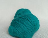 KAUNI Undyed Wool Yarn, Worsted Weight 8/2  2ply, 100% wool, Seafoam green