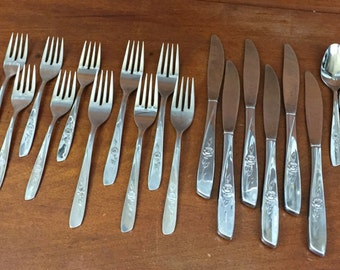 Vintage Wm. A Rogers Silverware in Sweet Briar Pattern cottage chic rose floral flower mid century modern replacements (Oneida) BIN 58