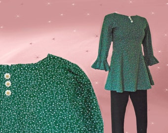 Fitted Tunic Top is Form Fitting, a Long Blouse with Tapered Waist, Fit and Flare with Green Liberty Print, Extra Small Size Curvy Tunic