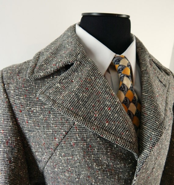 1950s Tweed Overcoat by Pendleton. Fleck Tweed Coat.  Wide Notched Shaw Collar. Fully Belted. Chest 46. Size 42.
