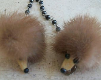 Mink sweater clip, vintage clips, fur sweater clip, collar points, sweater guard, genuine mink, genuine fur, hedgehog clip, 1950s accessory