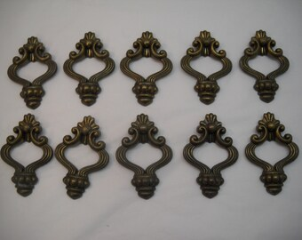 Vintage Metal Brass Drawer Pulls Handles Cabinet Knobs Hardware Lot of 10