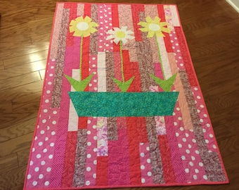 Appliqued and Quilted Baby Quilt