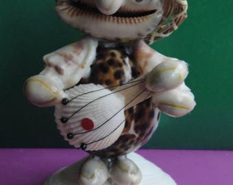 Sea Shell Seashell Musician Guitarist Figurine