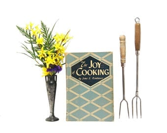1945 Vintage Joy Of Cooking Irma Rombauer Iconic Cookbook Classic Recipes Comfort Foods Cooks Library Learn To Cook Midcentury Kitchen