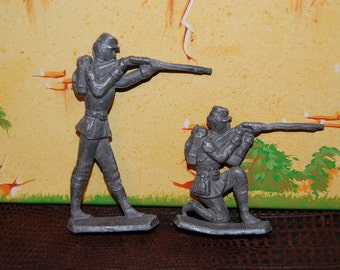 1930's Lead Civil War Soldiers Union Soldiers Infantry Soldiers Shooting Poses Free Standing on Base