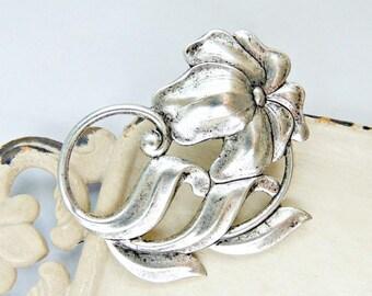 Art Nouveau Hair Clip, Scrolling Flowers, Floral Hair Clip, Silver Ox Brass, Silver Hair Clip, Silver Flower, Art Deco Hair Clip BOTANICA
