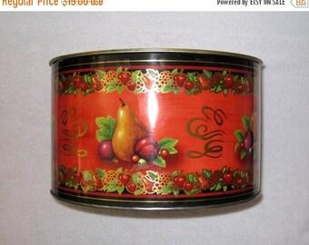"Large Autumn, Harvest Fruit Lidded Tin / Vintage Kitchen Storage Container / Gift Giving / Thanksgiving Decor / 10.5 x 6 3/8"""