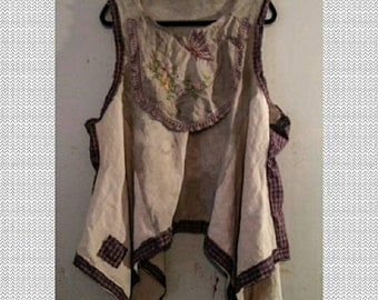 Tea Stained Linen Tunic Top 2x 3x 4x Plus Handkerchief Hem Embroidery Butterfly Flowers Asymmetrical Boho Chic Bohemian Plaid Upcycled