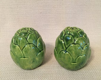 Vintage Green Artichoke Salt and Pepper Shakers