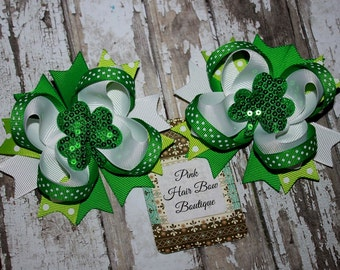 St Patricks Day pigtail hair bows , St Patrick hair bows, shamrock pigtail hair bows , green hair bows for girls , set of 2 clover hair bows