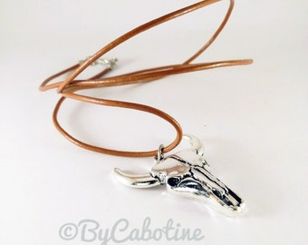 """Necklace """"Cow skull"""" in brown leather and silver tone nickel-free"""