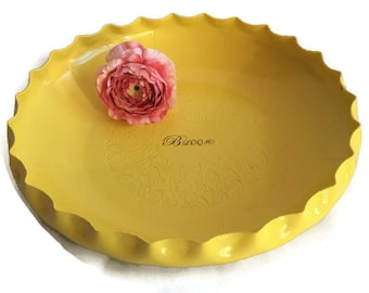 "Vintage Aluminum bowl in Spring yellow with the inspirational word ""Bloom"", Ooak wedding, Up-cycled by BMC Vintage Design Studio, FOOD SAFE"
