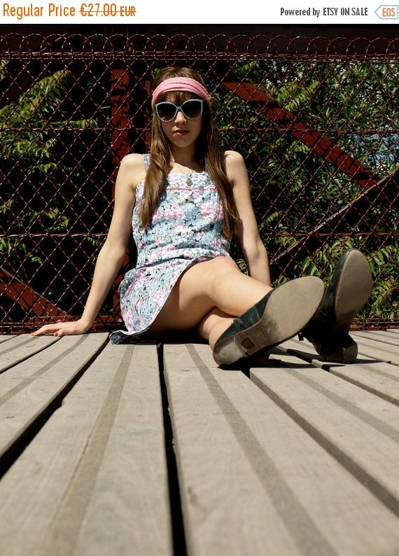 50%WINTERSALE 60s romantic pastel floral prairie summer dress M medium