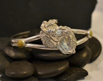 Sterling silver horsehead bracelet.  Equestrian bracelet.  Choose your accent stone.  made to order.