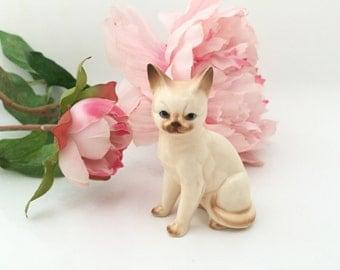 Vintage Cat Figurine - Tabby Cat Sculpture - Kitten Figurine - Ceramic Cat - Porcelain Kitten