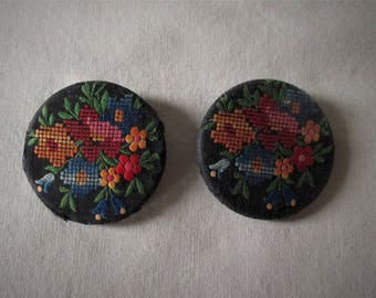 2 Vintage Cloth Embroidered Floral Buttons 1 1/2 inch