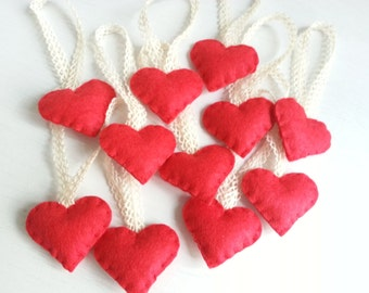 Sales : Red of Love  - Heart Ornaments - Set of 10