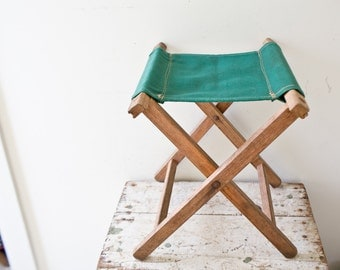 Vintage Camp Stool - Green - Wooden Folding Stool Canvas Foldup Stool Folding Seat Camping Beach Tailgate Chair