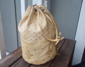 BOHEMIA   ///      Leather Bucket Bag