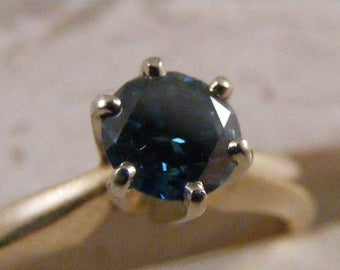 14kt Fancy Blue .54ct Solitaire Diamond Engagement Ring ...... Lot 4857