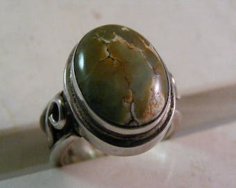 Vintage  Green Turquoise Bali Style Heavy Ring in Sterling Silver...  Lot 5280