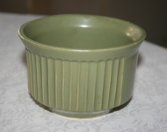 Vintage McCoy Pottery USA Green Planter Indoor Retro Kitsch Mid Century