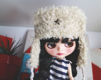 Ear flap hat. Winter hat for newborn prop. ooak Blythe bear hat. Blythe accessories. Blythe doll hat. Army hat, military