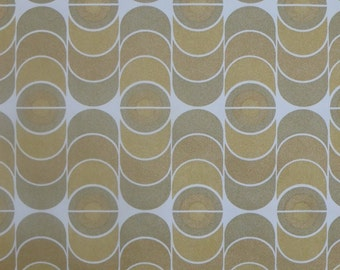 1 rol vintage wallpaper from an old stock. 10 m x 53 cm. Geometric green and brown circles. Free sample.