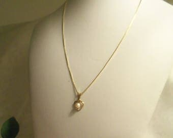 Pretty Women's Vintage Hallmarked Small 14kt. GOLD Filled HEART & Pearl w/ Italian Gold Plate over 925 Box Chain- Birthday Gift Her Mom Teen