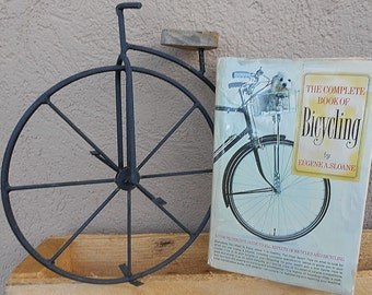 Bicycling, Vintage Complete Book of Bicycling 1970