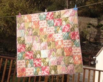 Handmade Patchwork Baby Quilt-Cotton Fabric/Wadding Moda Hunky Dory Modern FREE UK POSTAGE