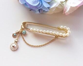 Neshuma Evil Eye Hamsa Stroller Pin Brooch with Pearls for Newborn Baby / Shower Gift