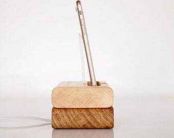 iPhone Dock - iPod Touch Dock - modern sculpture - unique minimalistic design - iPhone 7 / 7 Plus docking station