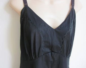 Vintage Black NYLON FULL SLIP nightgown Plus size lingerie sz 44 bust