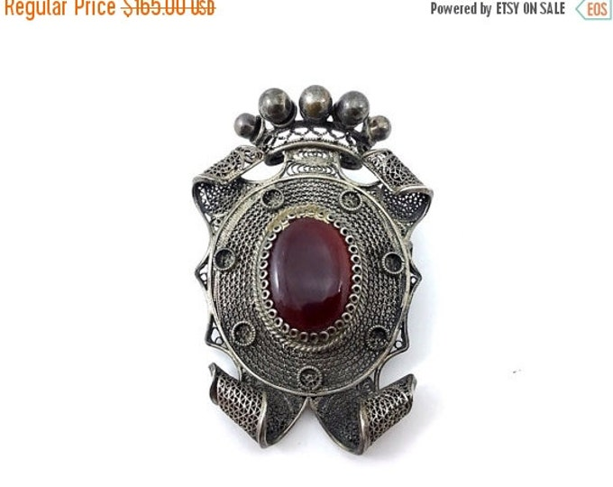 25% OFF 800 Silver Antique Chinese Cannetille Brooch with Carnelian Stone, Heraldic Silver Filigree Chinese Trade Brooch. Cannetille Openwor