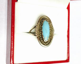 Vintage Turquoise Silver Ring, Oval shape Stone, Native design, Item No. S083