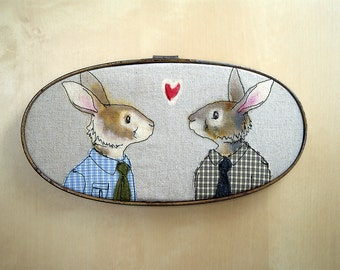 rabbit couple - embroidery art - free motion stitching - hoop art - fabric art - male couple
