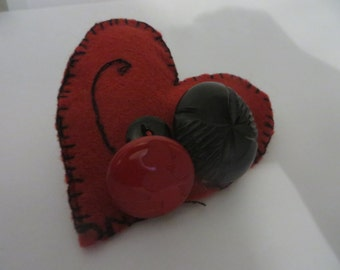 Valentine Hand embroidered heart brooch with vintage buttons